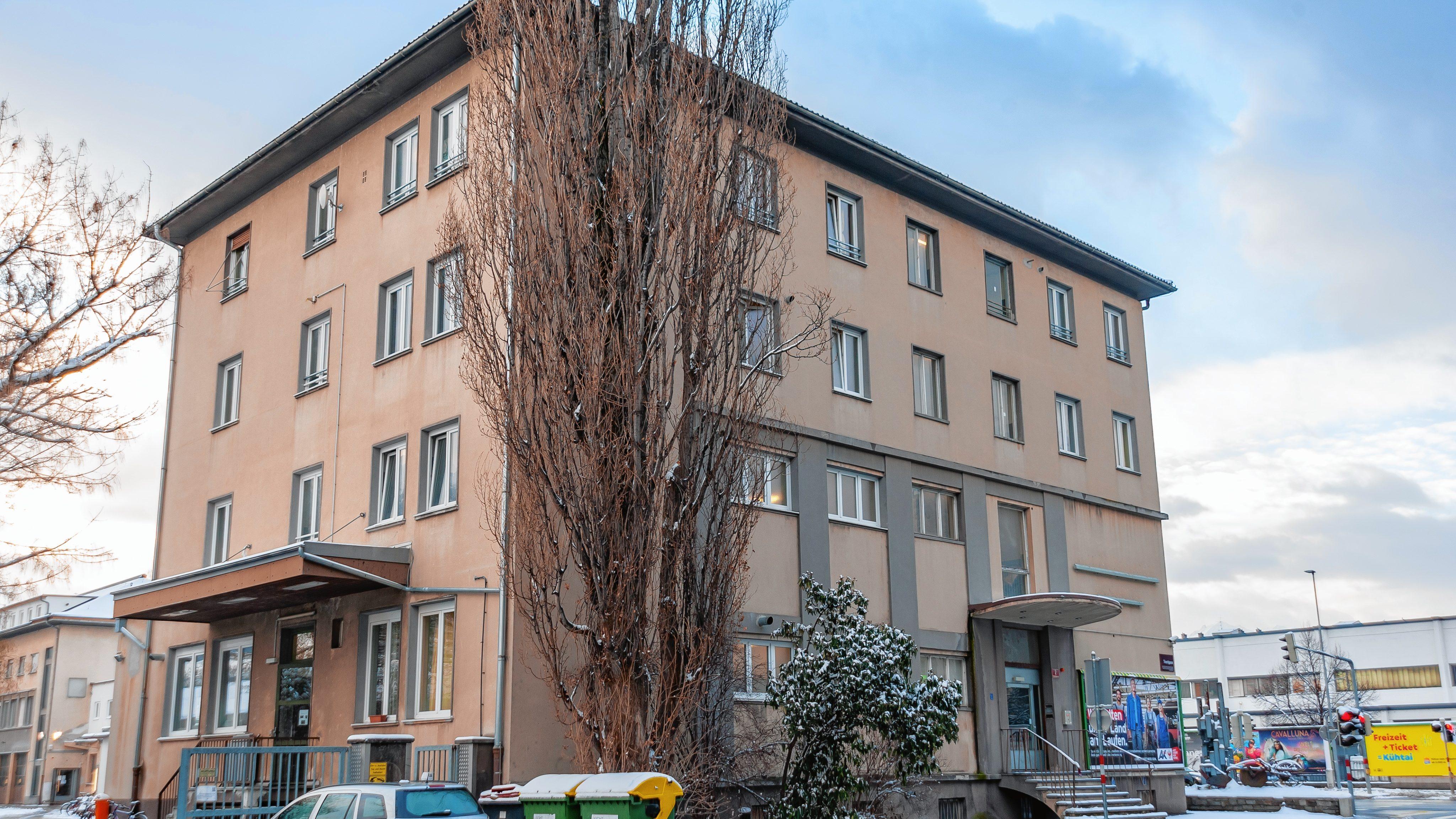 Asyl In Erschütternde Mord at DetailsKrone InnsbruckNeue 9WEHID2