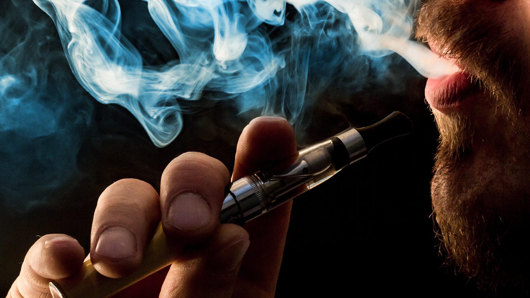 Fatale neue Lungenkrankheit durch E-Zigaretten?
