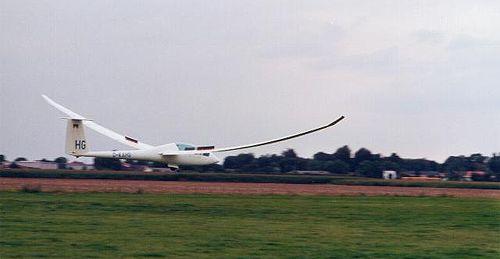 Motor versagt: Segelflieger muss auf Golfplatz landen