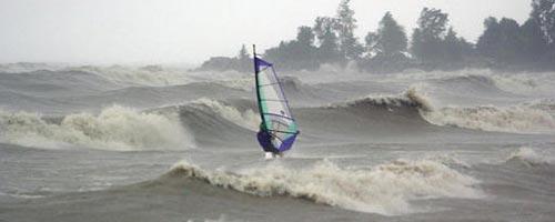 Französischer Windsurfer bricht km/h-Weltrekord