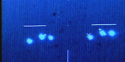 Britisches Hochzeitspaar löst UFO-Alarm aus