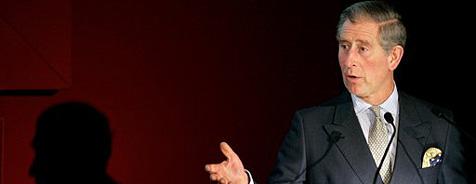 Prinz Charles zahlt alte königliche Schuld zurück