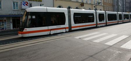 Europa-Vergleich - Öffis in Linz alles andere als top (Bild: Erich Petschenig)