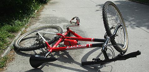 Elfjähriger bei Fahrradunfall schwer verletzt