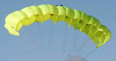 Franzose springt aus 40.000 Metern Höhe