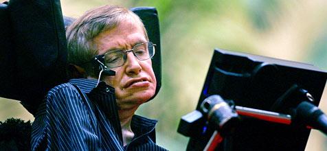 Stephen Hawking muss im Krankenhaus bleiben
