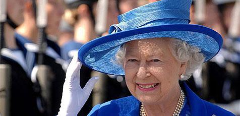 Queen spart heuer sogar am Geschenkpapier