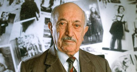 "Historiker: ""Simon Wiesenthal war Mossad-Agent"" - Historiker_Simon_Wiesenthal_war_Mossad-Agent-Neue_Biografie-Story-218458_476x250px_1_bqfk6CrtePzlA"
