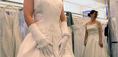 Erst Hochzeitskleid, dann Ehe geplatzt