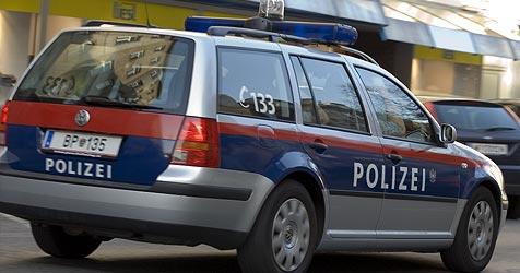Autodiebe fahren Wagen auf Flucht zu Schrott (Bild: Andreas Graf)
