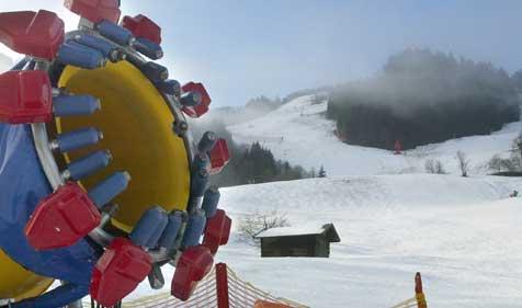 Frost sorgt für ideale Bedingungen beim Beschneien (Bild: Christof Birbaumer)