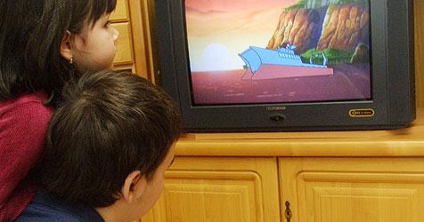 So wird dein Kind zum Fernsehmuffel (Bild: Peter Tomschi)