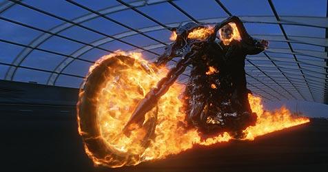 """""""Ghost Rider"""" - Nicolas Cage jagt das B�se (Bild: � 2007 Sony Pictures Releasing GmbH)"""