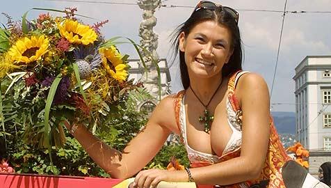 Antonia aus Tirol in der Schuldenfalle (Bild: Chris Koller)