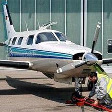 Sportflugzeug muss auf Wiese im Pinzgau notlanden