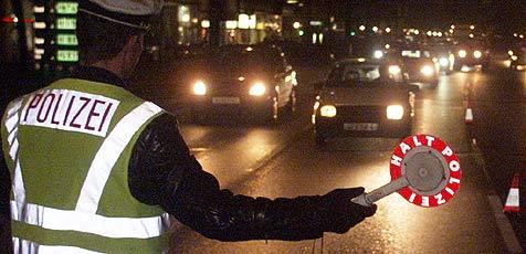 Mann fährt nach Anzeige betrunken zur Polizei (Bild: Andi Schiel)