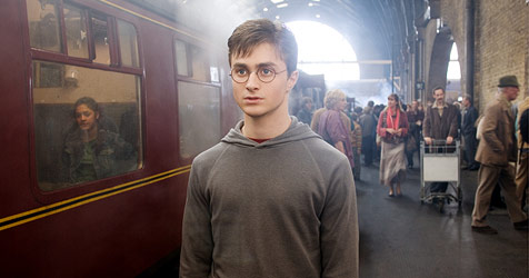 Letztes Harry-Potter-Abenteuer als Kino-Zweiteiler (Bild: 2007 Warner Bros. Ent. All Rights Reserved)