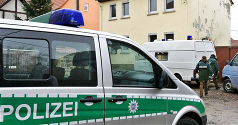 Deutscher ließ betrunkene Tochter Auto fahren - Unfall