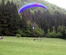 Paragleiter bei Tandem-Flug abgestürzt