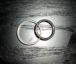 Männermagazin in Australien verlost Scheidung (Bild: APA)