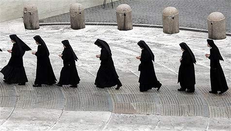 Rumänische Polizei nimmt 17 Nonnen fest