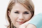 Johanna Setzer - Manuela_Raidl_vs._Johanna_Setzer-Duell_6-Abstimmung-1145_147x98px_4_8n7ZPX4OCSkd2__0__0__0__0__147__98__Y__N