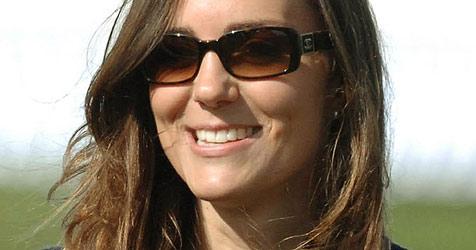 Testino bringt Kate Middleton Fotografieren bei (Bild: EPA)