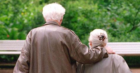 Britisches Paar ließ sich mit 98 Jahren scheiden (Bild: APA/DPA)