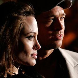 Jolie während Flug in Ohnmacht gefallen