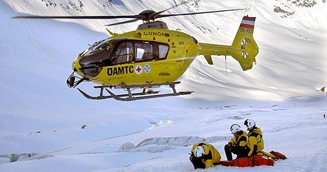 Beim Skifahren auf Eisplatte gestürzt und verletzt (Bild: Christof Birbaumer)