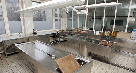 Spanischer Einbrecher in Leichenhaus geschnappt (Bild: Andreas Schiel)