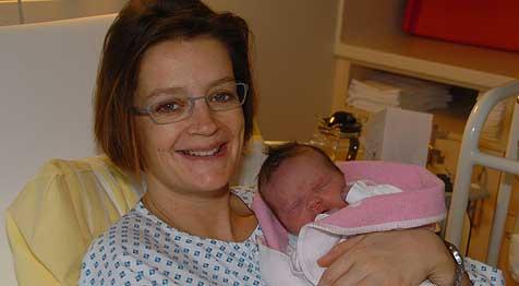 OÖ-Neujahrsbaby kam um 00:09 zur Welt (Bild: Johannes Markovsky)