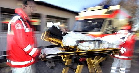 14-Jähriger von Pkw erfasst und schwerst verletzt (Bild: Markus Führer/DPA)