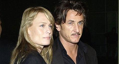 Sean Penn amüsierte sich mit zwei Russinnen
