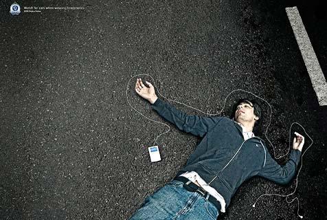 Sicherheitskampagne für iPod-Benützer (Bild: New South Wales Police)