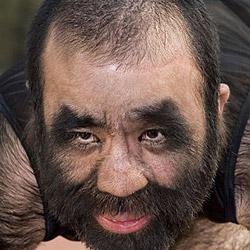 Haarigster Mann der Welt sucht eine Frau (Bild: AFP)