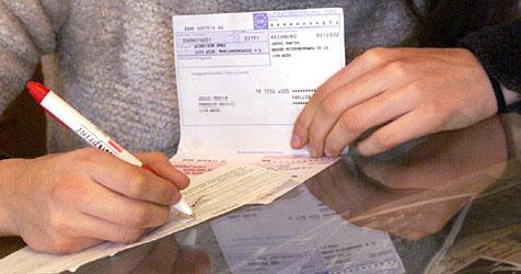 Statt Lotterie-Gewinn gibt es nur hohe Spesen (Bild: Martin Jöchl)