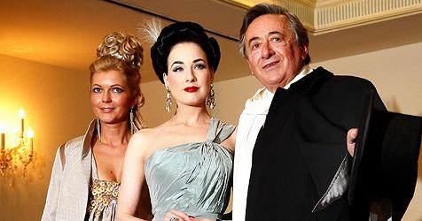 Lugner hat endlich einen  Gast für den Opernball (Bild: APA-PHOTO: ROBERT JAEGER)