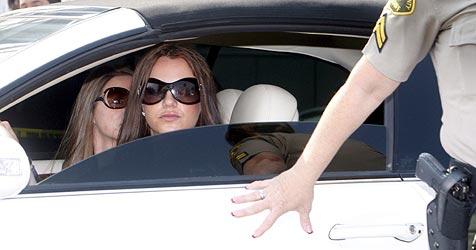 US-Blatt behauptet: Britney ist verheiratet!