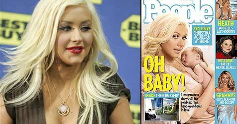 Christina Aguilera zeigt ihren kleinen Sohn (Bild: AP Photo, Cover Magazin People)