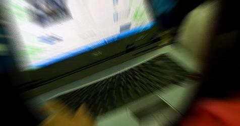 Franzose soll für ein Monat Internet 46.000 ¿ blechen
