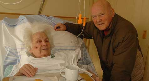 85-Jährige überlebte zweiten Sturz dank Nachbarn (Bild: Hannes Markovsky)