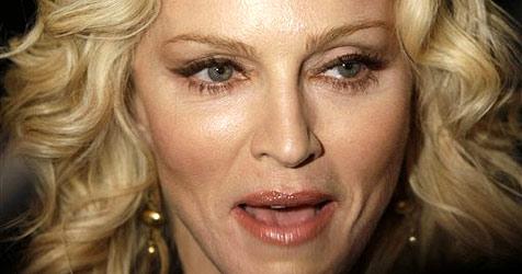 Madonna schläft mit ihrem Blackberry