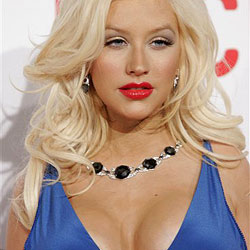 Christina Aguilera torkelt von Party zu Party