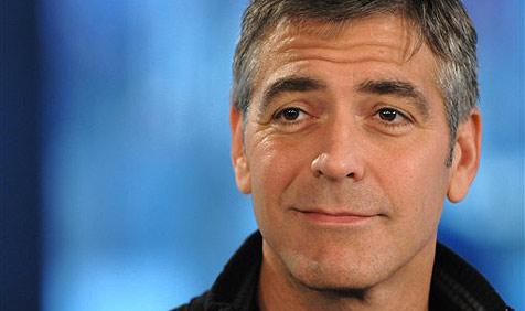 Clooney im Sudan von Kindern ausgeraubt