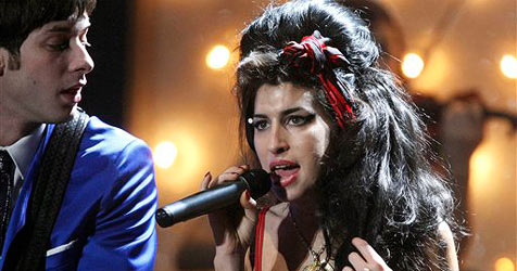 Amy Winehouse singt neuen Bond-Song