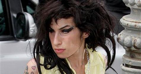 Amy Winehouses Mann hat eine andere