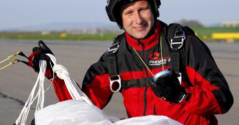 Schweizer wagte Sprung mit Da-Vinci-Fallschirm