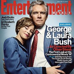 Josh Brolin als George Bush kuschelt mit Banks