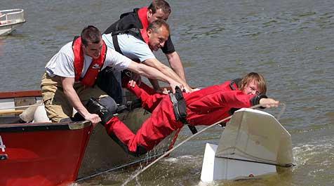 Motorsegler-Pilot überlebte 200-Meter-Absturz! (Bild: Chris Koller)